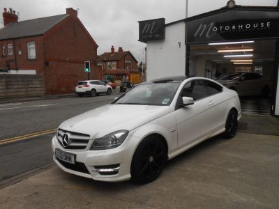 Mercedes-Benz C Class 2.1 C220 CDI BlueEFFICIENCY AMG Sport 2dr Auto Coupe Diesel WhiteMercedes-Benz C Class 2.1 C220 CDI BlueEFFICIENCY AMG Sport 2dr Auto Coupe Diesel White at Motorhouse Cheshire Stockport