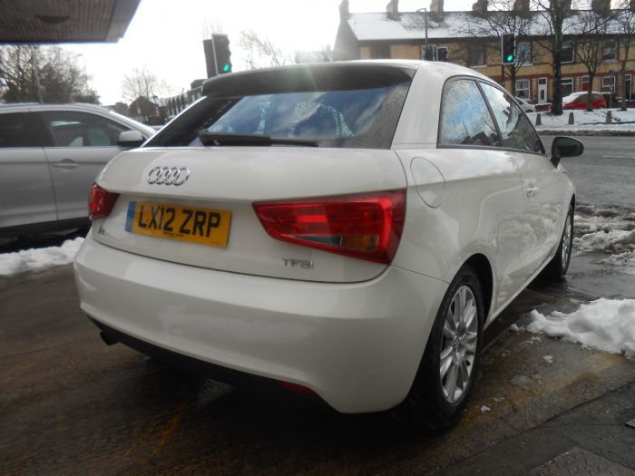 second hand audi a1 1 2 tfsi se 3dr for sale in stockport cheshire motorhouse cheshire. Black Bedroom Furniture Sets. Home Design Ideas