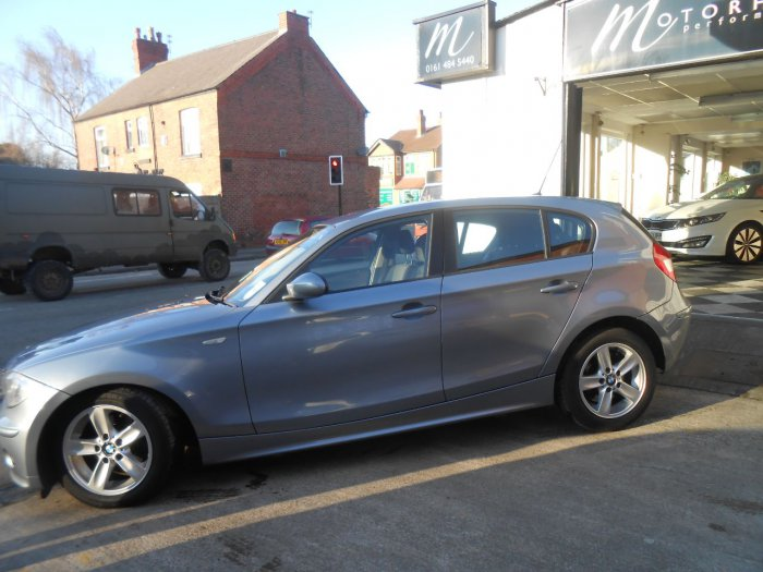 BMW 1 Series 2.0 120d Sport 5dr Hatchback Diesel Blue
