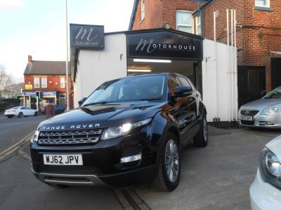 Land Rover Range Rover Evoque 2.2 SD4 Pure 5dr [Tech Pack] Estate Diesel BlackLand Rover Range Rover Evoque 2.2 SD4 Pure 5dr [Tech Pack] Estate Diesel Black at Motorhouse Cheshire Stockport