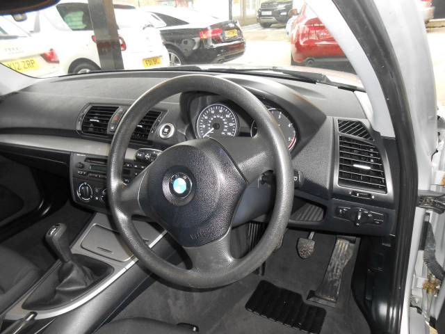 2006 BMW 1 Series 2.0 118d ES 5dr