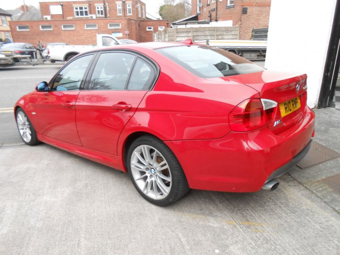 BMW 3 Series 2.0 320d M Sport [177] 4dr Saloon Diesel Red