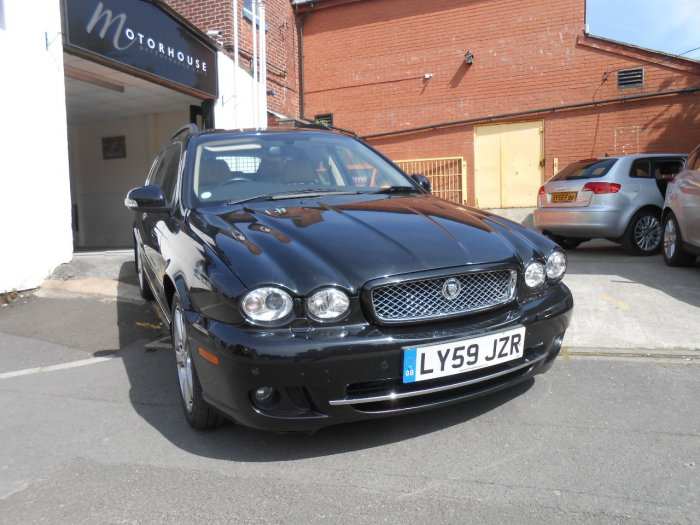 Jaguar X-Type 2.2d SE 2010 5dr Auto DPF Estate Diesel Black