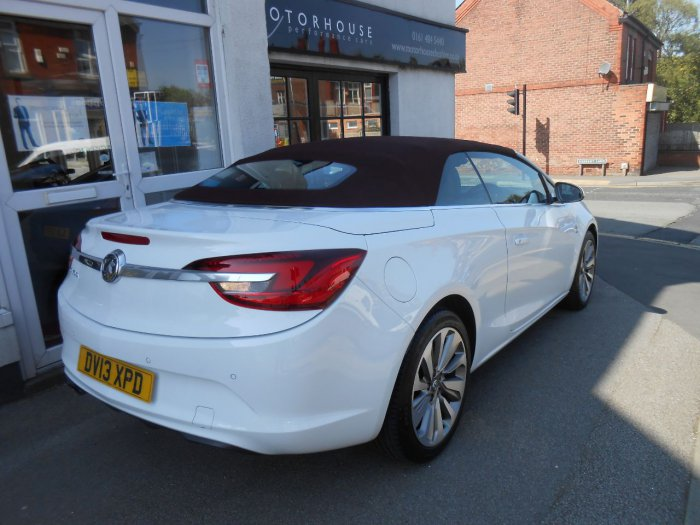Vauxhall Cascada 1.4T Elite 2dr Convertible Petrol White