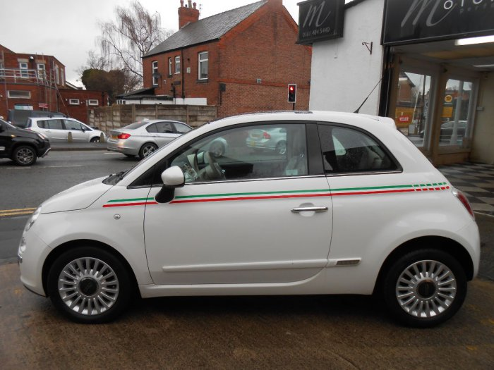 Fiat 500 1.2 Lounge 3dr [Start Stop] Hatchback Petrol White