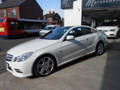 Mercedes-Benz E Class 2.1 E250 CDI BlueEFFICIENCY Sport 2dr Tip Auto Coupe Diesel WhiteMercedes-Benz E Class 2.1 E250 CDI BlueEFFICIENCY Sport 2dr Tip Auto Coupe Diesel White at Motorhouse Cheshire Stockport