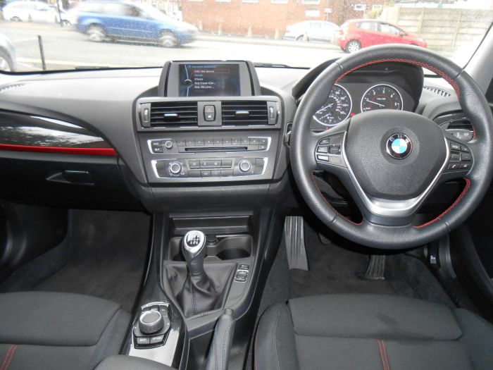 BMW 1 Series 2.0 116d Sport 5dr Hatchback Diesel Black