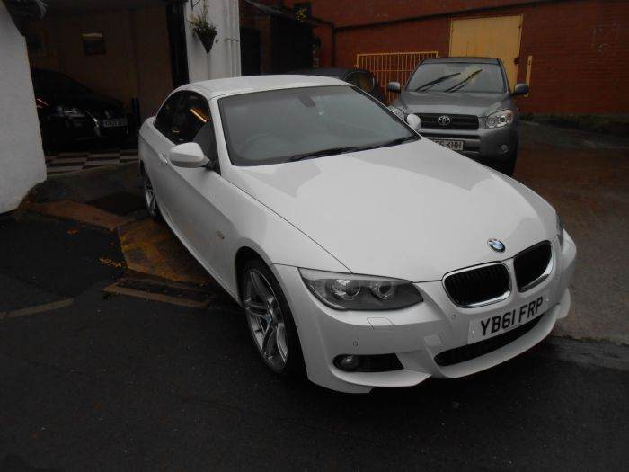 BMW 3 Series 2.0 320d M Sport 2dr Convertible Diesel White