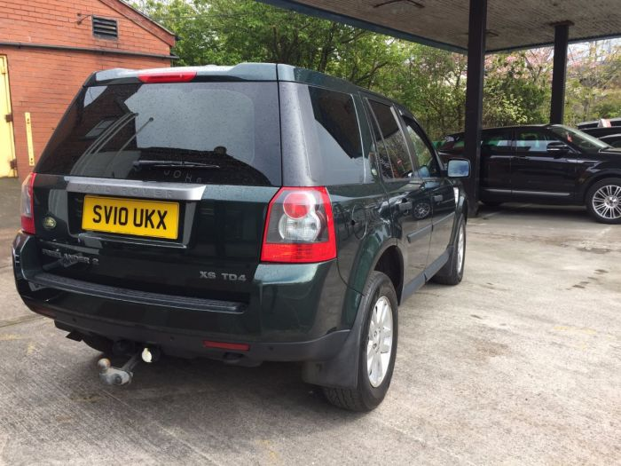 Land Rover Freelander 2.2 Td4 XS [Nav] 5dr Auto Estate Diesel Green
