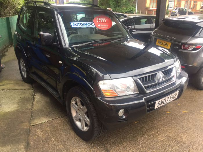 Mitsubishi Shogun 3.2  Di-D Warrior 3dr Auto Estate Diesel Black