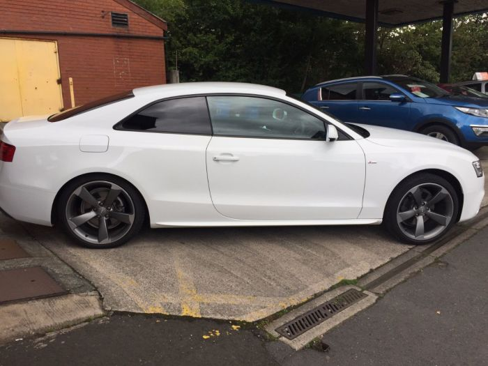 Audi A5 2.0 TDI 177 Black Edition 2dr Multitronic Coupe Diesel White