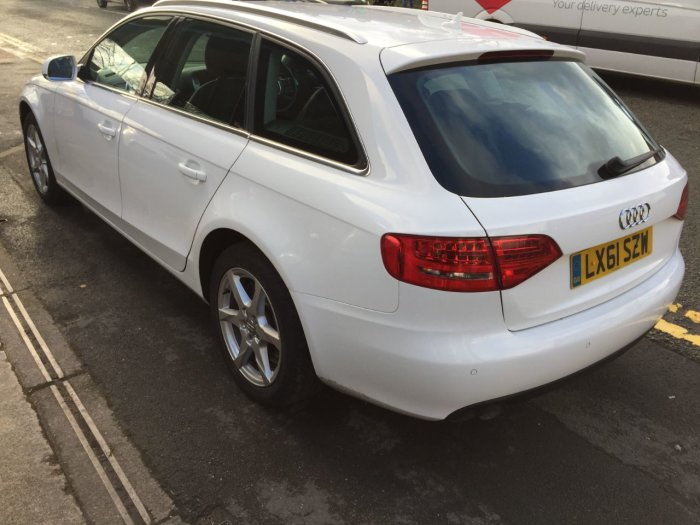 Audi A4 2.0 TDI 143 SE 5dr Multitronic Estate Diesel White
