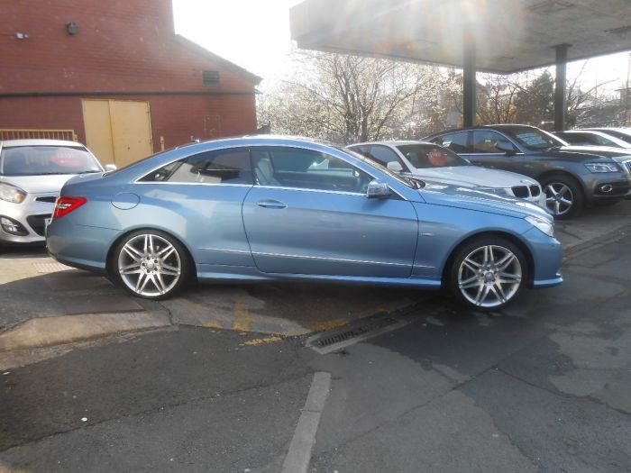 Mercedes-Benz E Class 2.1 E250 CDI BlueEFFICIENCY Sport 2dr Tip Auto Coupe Diesel Blue