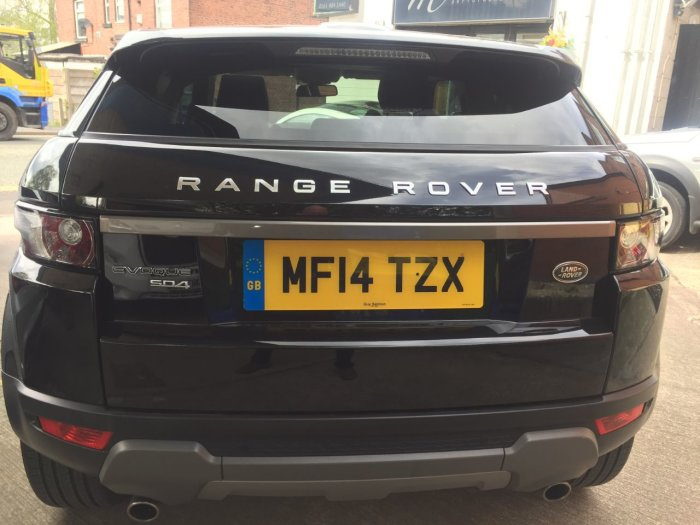 Land Rover Range Rover Evoque 2.2 SD4 Pure 3dr [Tech Pack] Coupe Diesel Black