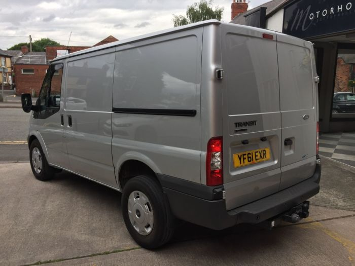 Ford Transit 2.2 Low Roof Van ECOnetic TDCi 100ps Panel Van Diesel Silver