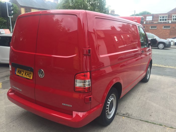 Volkswagen Transporter 2.0 TDI BlueMotion 114PS Van Panel Van Diesel Red