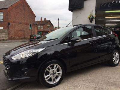 Ford Fiesta 1.0 Zetec 5dr Hatchback Petrol BlackFord Fiesta 1.0 Zetec 5dr Hatchback Petrol Black at Motorhouse Cheshire Stockport