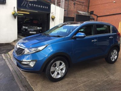 Kia Sportage 1.7 CRDi ISG 2 5dr Estate Diesel BlueKia Sportage 1.7 CRDi ISG 2 5dr Estate Diesel Blue at Motorhouse Cheshire Stockport