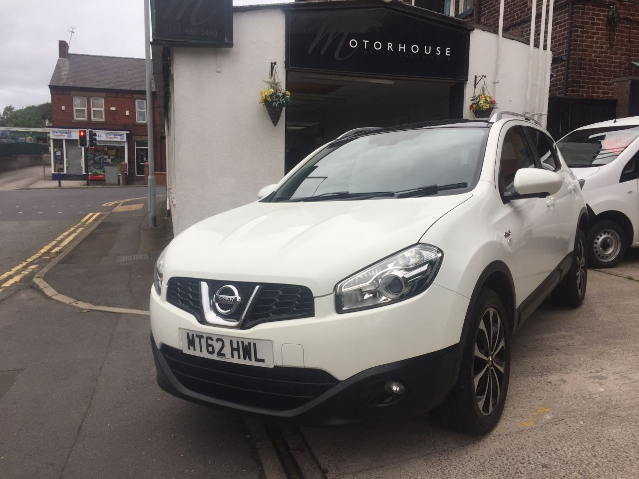 Nissan Qashqai 1.5 dCi [110] N-Tec+ 5dr Hatchback Diesel White at Motorhouse Cheshire Stockport