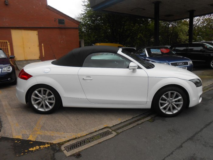 second hand audi tt 2 0 tdi quattro sport 2dr 2011 for sale in stockport cheshire. Black Bedroom Furniture Sets. Home Design Ideas
