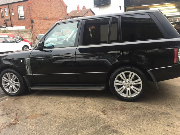 Land Rover Range Rover 3.6 TDV8 Vogue 4dr Auto Estate Diesel Black