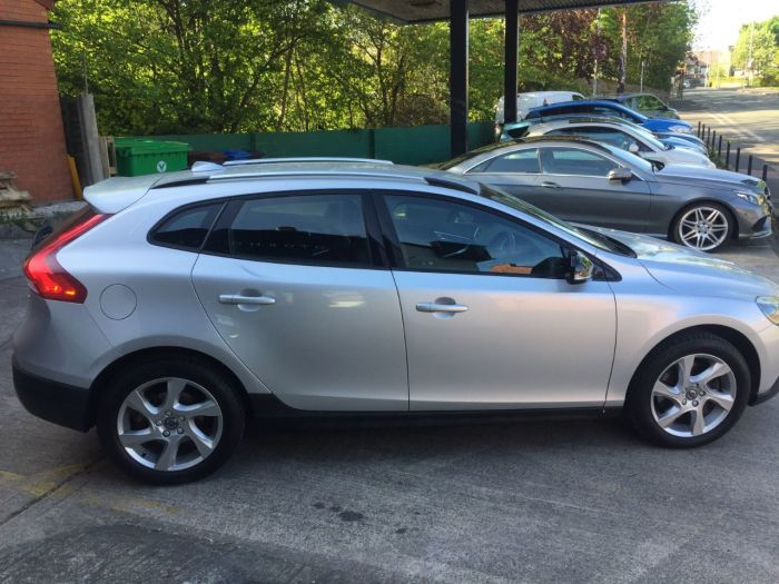 Volvo V40 2.0 D3 [4 Cyl 150] Cross Country Lux Nav 5dr Hatchback Diesel Silver