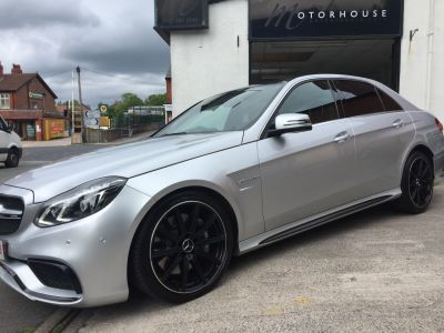 Mercedes-Benz E Class 5.5 E63 4dr Auto Saloon Petrol SilverMercedes-Benz E Class 5.5 E63 4dr Auto Saloon Petrol Silver at Motorhouse Cheshire Stockport