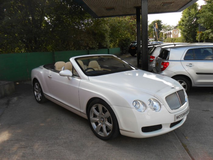 Bentley Continental GTC 6.0 W12 2dr Auto Convertible Petrol White