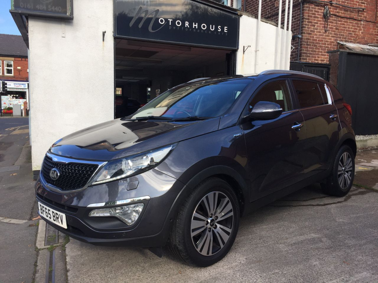 Kia Sportage 2.0 CRDi KX-4 5dr Auto ALL WHEEL DRIVE Estate Diesel Silver at Motorhouse Cheshire Stockport