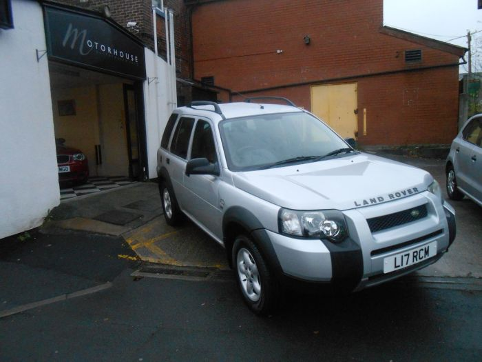 Land Rover Freelander 2.0 Td4 SE Station Wagon 5dr Auto Estate Diesel Silver
